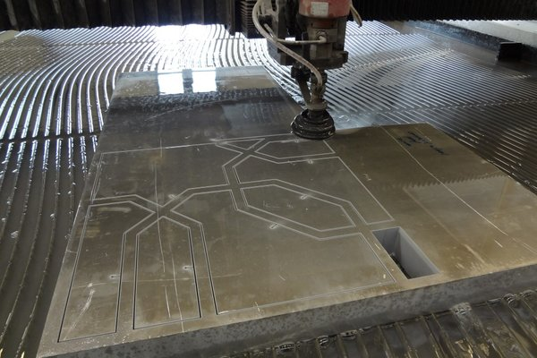 2013 Waterjet2 (Custom).JPG